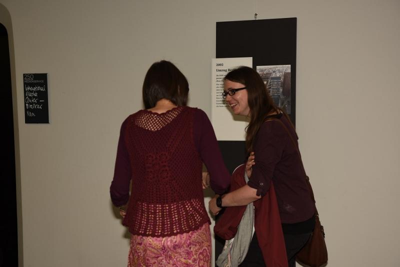 Entlang des Zeitstrahls konnten die Besucherinnen die Geschichte des Departments Revue passieren lassen.
