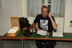 "Florian Hofbauer im Themenraum ""Historische Bibliothek"""